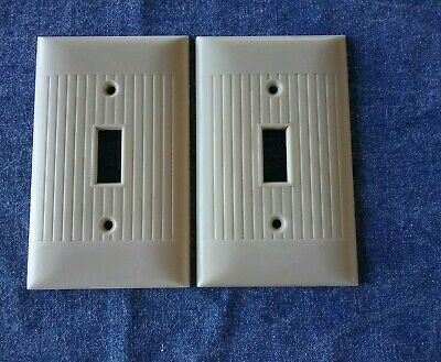 VINTAGE NIP Sierra Rib Ivory HD Bakelite Switch Outlet Plate Cover NOS USA