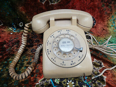 Vintage Bell System Western Electric beige Rotary Dial Desk Phone Telephone 500
