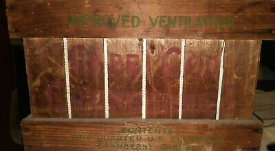 Wood Cranberry Advertising Crate, Cape Cod , Red And Green , Beatons Brand NICE