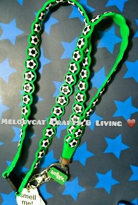 SMIGGLE SCENTED SILICONE LANYARD GREEN, Soccer Balls