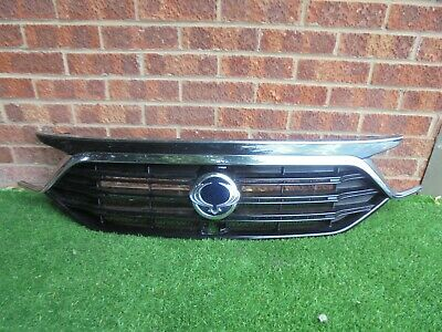 Ssangyong Rexton Front Bumper Grill 2017- Genuine