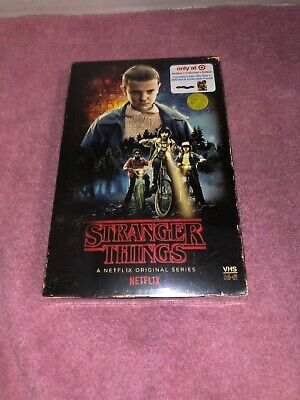 Stranger Things - Season 1 Collector's Edition (Blu-ray + DVD + Poster) NEW