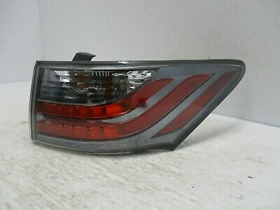 Lexus CT200h Right Rear Tail Light 2011 - Onwards