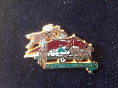 Rare Pins Badge Sport Hippique Cheval Horse Deauville Clairefontaine