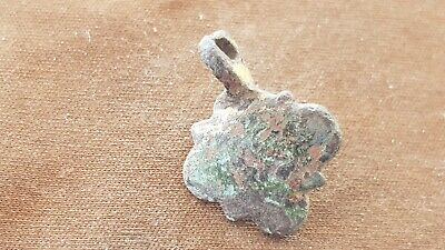 VR.Tudor/Post Medieval tiny bronze heraldic mount. Please read description. L79d
