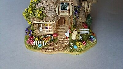 """LILLIPUT LANE cottage...""""The Chocolate Box""""...made in England 2003"""
