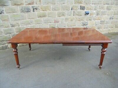 Antique Mahogany Extending Dining Table