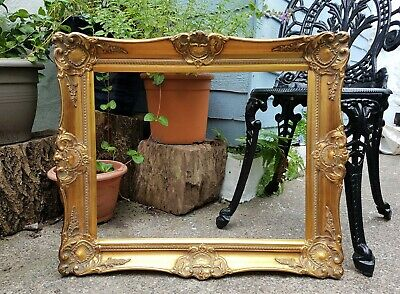 """Lovely Ornate Old Vintage Gold Gilt Picture Frame-To Fit: 20"""" x 16 inch"""