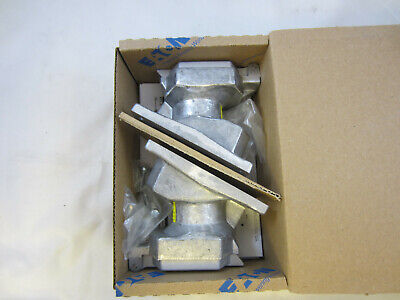 Box Of 2 Crouse Hinds Enr5201 Explosion Proof 20 Amp 120V Receptacle