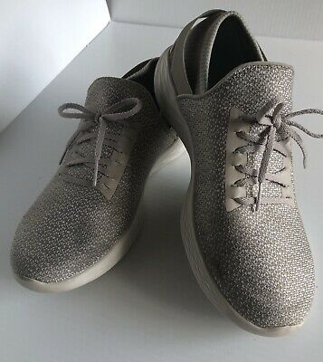 Womens YOU by Skechers Walk Athletic Comfort Slip On travel walking Shoes Sz.8