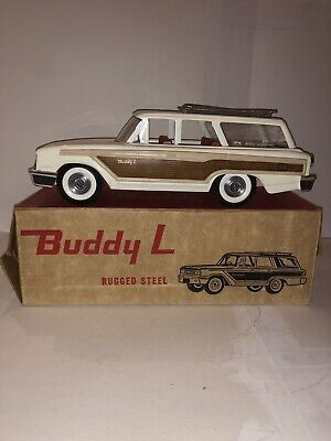 """Vintage Mid-60's Buddy L 1963 Ford Country Squire """"Woody"""" Station Wagon"""