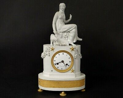 Pendule Charles X biscuit bronze femme antique fontaine chevreau clock XIXè