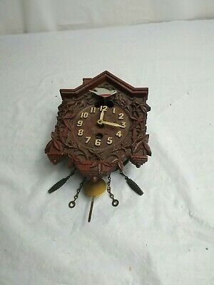 Vintage Miniature Lux Cuckoo Clock Waterbury Conn