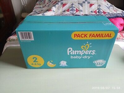 Lot De 132 Couches Pampers Baby Dry taille 2