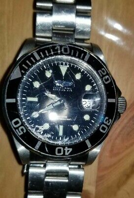 Invicta Pro Diver 0590 Black Dial Silver Tone Stainless Steel Date Men's Watch
