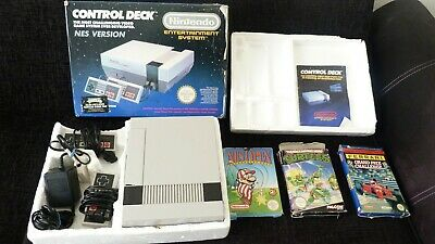 Nintendo Entertainment System nes control deck console Boxed + Games * UNTESTED*