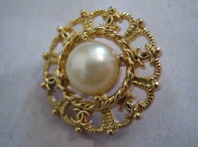 "2 VINTAGE CC Chanel 20 mm .79"" Gold and Pearl Vintage Style Button BEAUTIFUL"