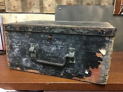 Vintage Antique Wooden Box still with key and working lock