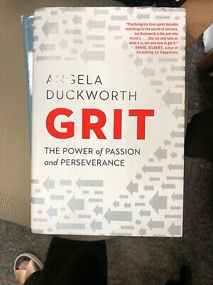 Grit : The Power of Passion and Perseverance by Angela Duckworth (2016,...