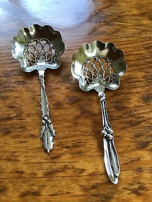 SET of 2 Whiting Holly & Mistletoe Christmas Bon Nut Sterling Silver Spoons Xmas