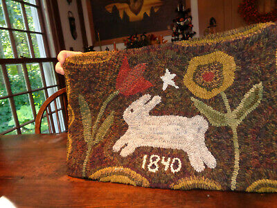 Hand Made Hooked Rug 22 x 15 1/2 BEAUTIFUL! Mint!