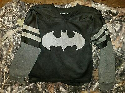 boy's long sleeve layered look black silver Batman jersey 4-5 guc