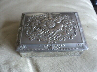 Antique / Vintage Silver Plated Trinket Box Marked FOREIGN