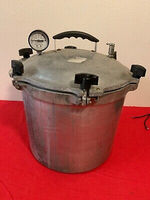 (VINTAGE) Steam Pressure Cooker Conditions Is Used