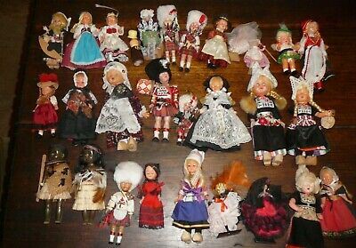 29 x vintage dolls of the world celluloid plastic spanish dancers etc