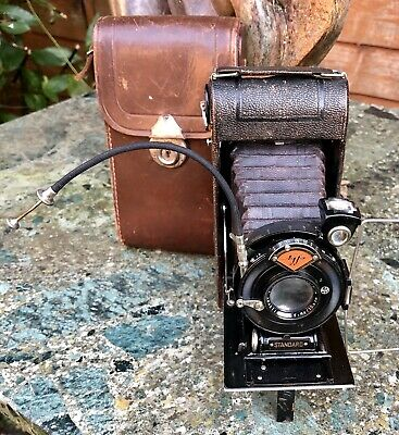 Vintage Agfa 120 Film Folding Camera With Case.