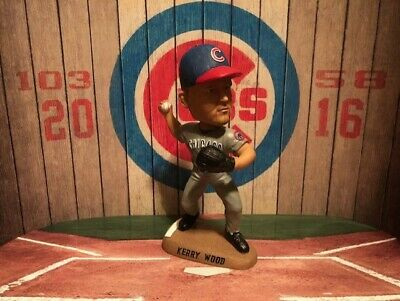 KERRY WOOD #34 Chicago CUBS MLB 2004 Bobble Dobbles Bobblehead #821 OF 3000