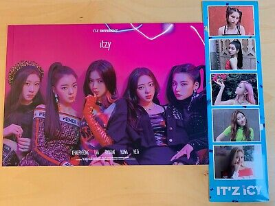 ITZY IT'Z ICY IT'Z DIFFERENT Photo Booklet & Sticker Pre-Order Benefit CHOOSE
