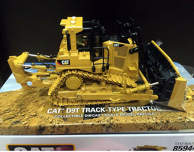Caterpillar Cat D9T Track -Type Tractor 1/50 Scale By DieCast Masters DM85944