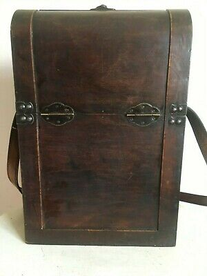 Lovely Vintage Look Wooden Wine Box / Double Champagne Storage / Carrier