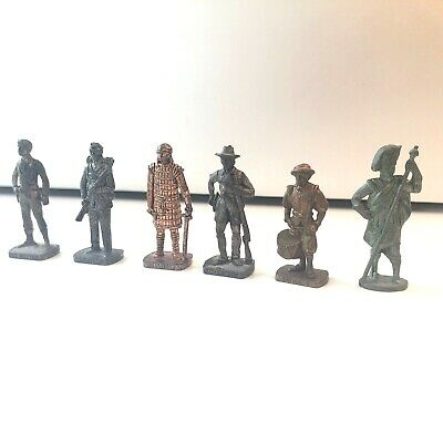 Lot de 6 « soldats » en metal FERRERO/ KINDER (Sudista, Kit-Carson, etc. )