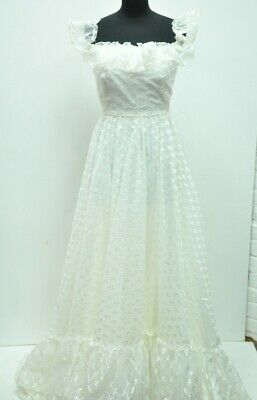 Vintage Wedding Dress and Veil - Cream Embroidered 1970s Dress Size 8-10