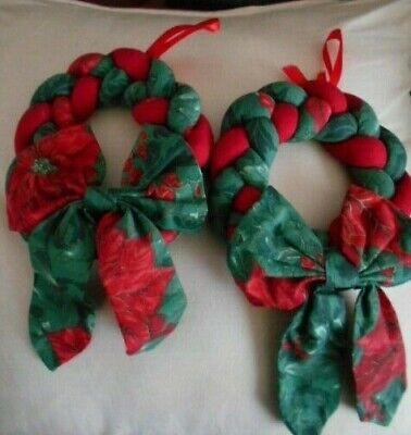 2 Hand Crafted Fabric Wreaths With Bow Detail Red Green with Gold