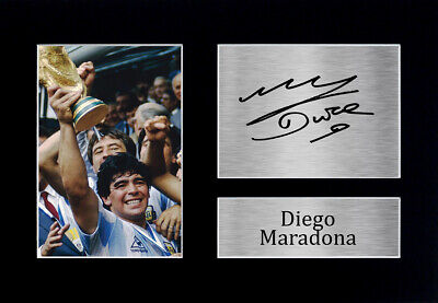 Diego Maradona Signed Pre Printed Autograph Photo Gift For an Argentina Fan