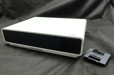 Casio XJ-M140 HDMI/VGA DLP Projector - Projects a good image - Lamp 3017 hrs