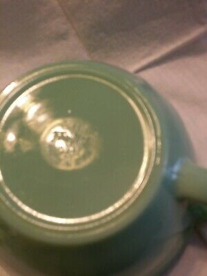 Fire King Jadeite Green Batter Mixing Bowl Banded Spout & Handle pitcher pouring