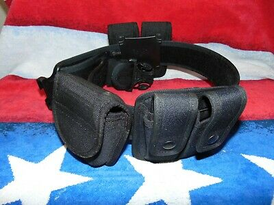 """Galls Duty Belt with BIANCHI DOUBLE MAG & CUFF CASE Velcro inside, Sz. 28"""" - 32"""""""