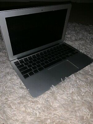 "Apple MacBook Air A1465 11.6"" Laptop - MJVM2LL/A (March, 2015, Silver)"