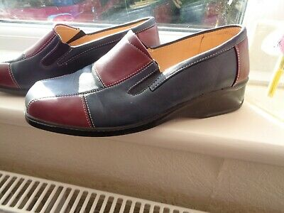 Comfort Walkers Faux Leather Look Flat Wedge Slip On  Size 8~Eu 41  Bnwot