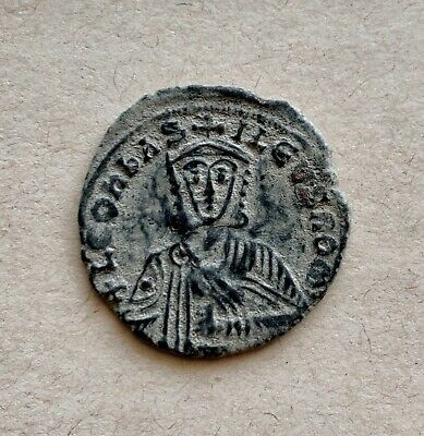 Byzantine bronze follis of emperor Leo the Wise (886-912). A very nice coin!