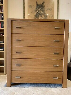Oak chest of drawers for bedroom