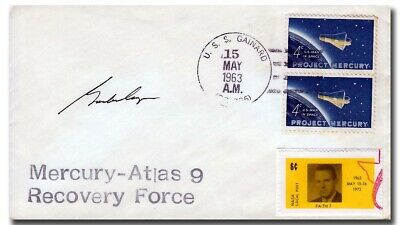 Mercury astronaut Gordon Cooper handsigned MA-9 recovery cover - 2h108