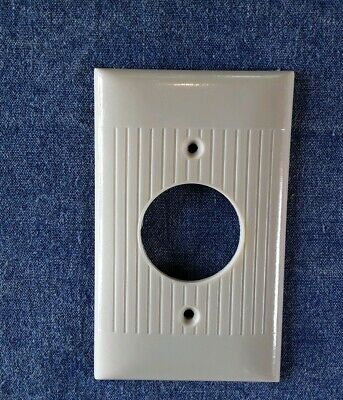 Vtg Sierra Electric Single Round Outlet Cover Plate Ribbed Ivory Bakelite
