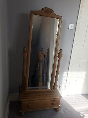 Pine Dressing Table Vanity Mirror With One Drawer