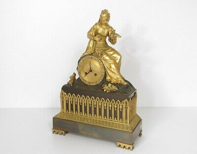 Pendulum Bronze Woman Queen Bird Pattern Gothic French Clock 19th Century