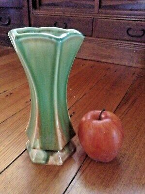 Vintage Art Deco Ceramic Vase. Retro 1920's To 1930's